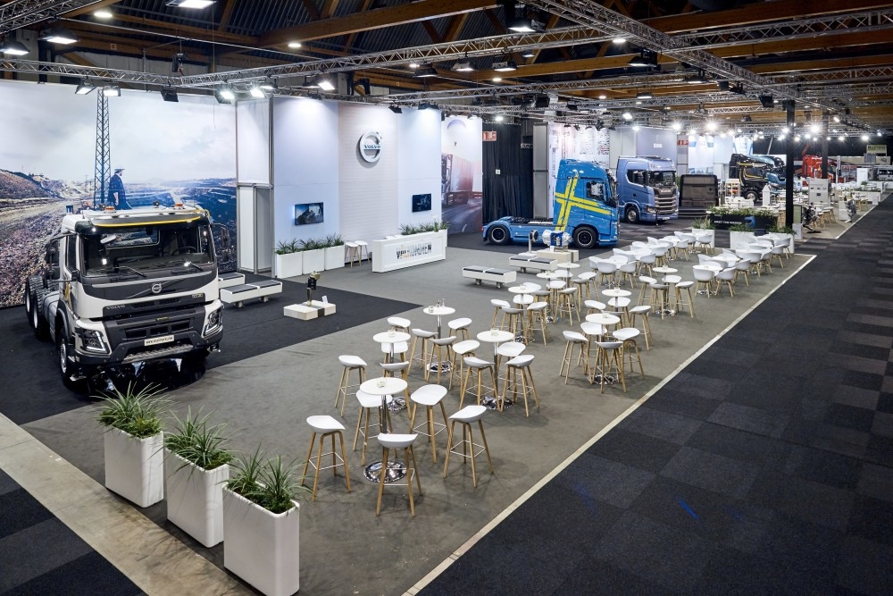 Volvo Exhibition Stand : From a turn key to customised stand brussels moto