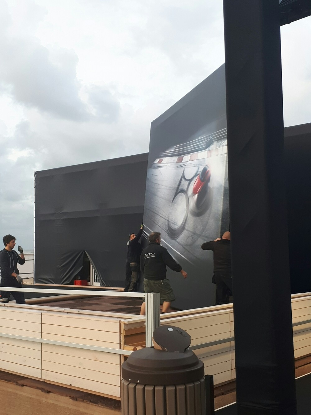 zoute grand prix-conceptexpo-mercedes AMG- pop up store- construction stand - aménagement de stand (3)