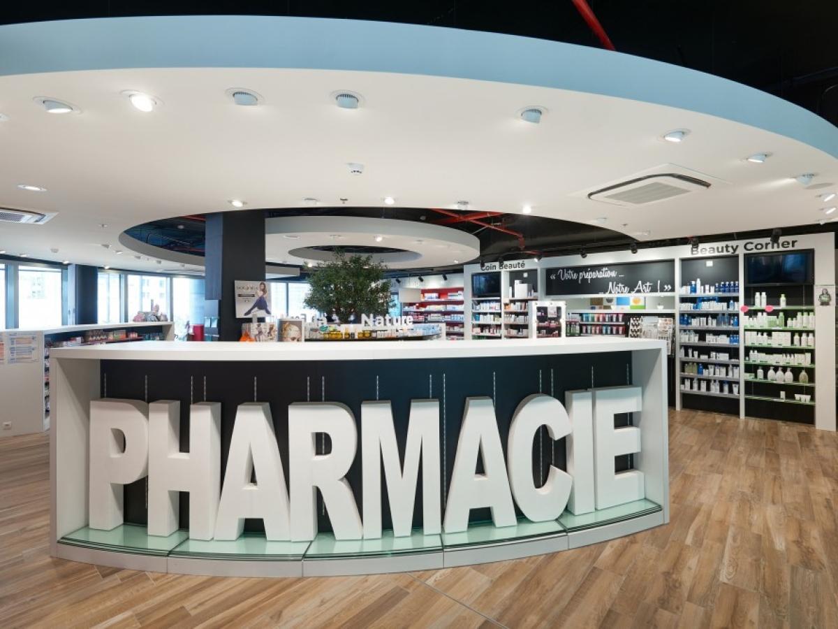 Aménagement de la Pharmacie du Triomphe dans le tout nouvel Hôpital Delta du CHIREC