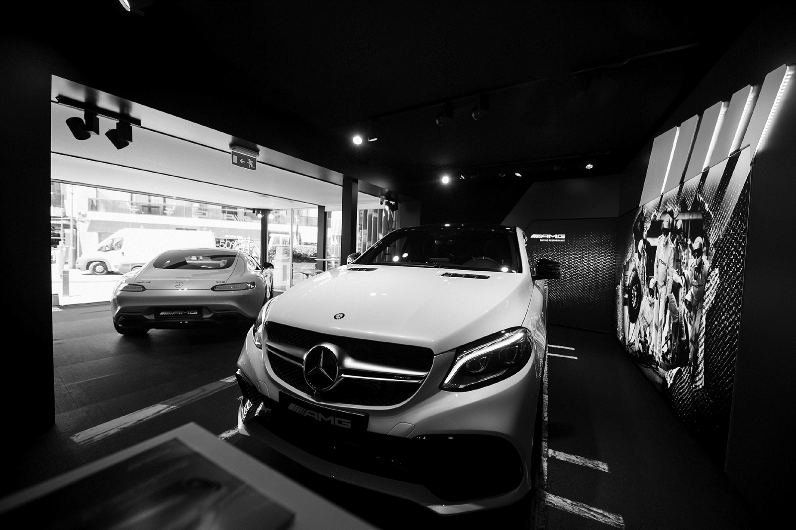 Pop-up Stores AMG MERCEDES-BENZ