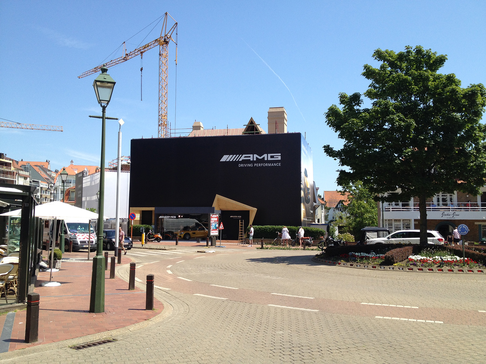 pop up store - mercedes - knokke - conceptexpo -setup (4)