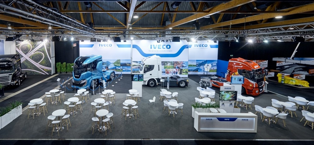 IVECO - salon auto- Auto beurs - conceptexpo - stand building - construction stand (1)