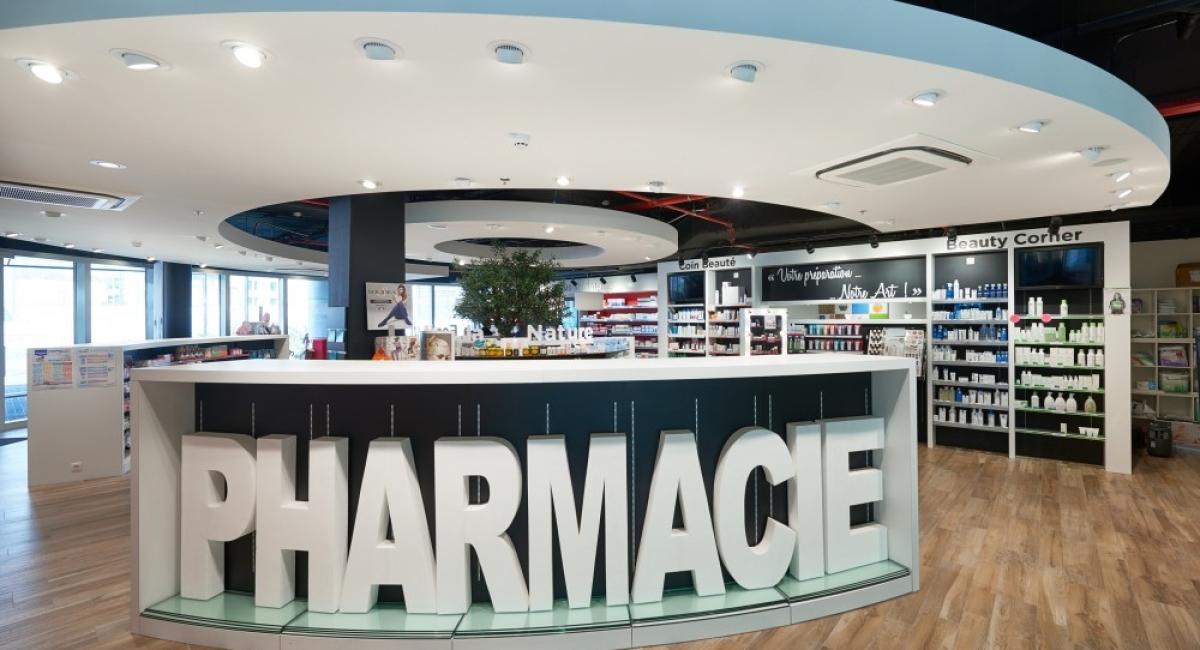 De Pharmacie du Triomphe in het gloednieuwe Delta ziekenhuis van de CHIREC-groep